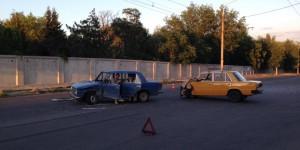В Запорожье пенсионер разбил авто, уснув за рулем