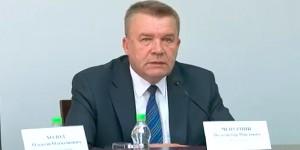 «Не «тыкай», сосунок»: обратился к активистам мэр Бердянска во время потасовки (Видео)