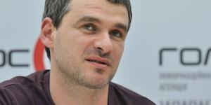 Запорожский певец пообещал передать деньги с концерта семьям погибших полицейских