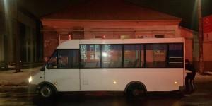 В Запорожской области у маршрутки с пассажирами на ходу отвалилось колесо