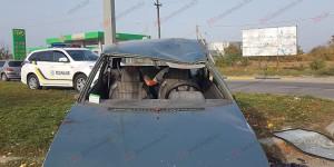 """В Бердянске парень на """"Таврии"""" без опыта вождения устроил ДТП: есть пострадавшие (Фото)"""