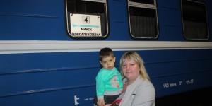 Запорожцы помогли собрать на лечение сына военного 200 тысяч