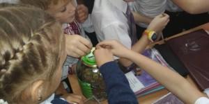 """Школьники из Запорожской области собирают для военных """"железный миллион"""""""