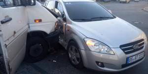 """В аварии возле """"Украины"""" пострадали три пассажирки маршрутки – полиция"""