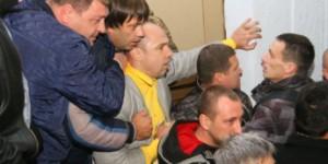 В Мелитополе председатель избиркома пришел на сессию с пистолетом
