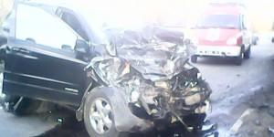 Под Запорожьем грузовик врезался во внедорожник – есть пострадавшие