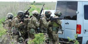 Как сотрудники запорожской СБУ освобождали здания от учебных террористов (Фото)