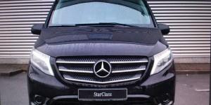 У запорожца угнали Mercedes напротив суда