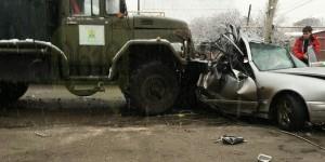 """В Запорожской области """"Мерседес"""" столкнулся с грузовиком """"Водоканала"""" – есть погибшие"""