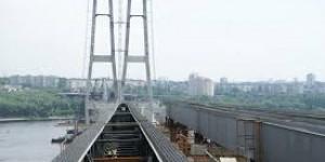 Запорожский мэр напомнил Гройсману о строящихся мостах