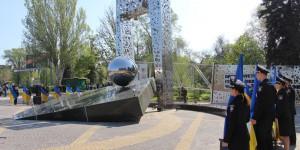 """""""Остановленный мирный атом"""": что символизирует новый памятник чернобыльцам (Фото)"""