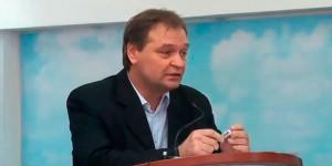 Запорожский нардеп, перенесший инфаркт, собирается за границу