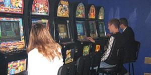 В Запорожье ночью снова разгромили 5 залов с игровыми автоматами