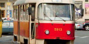 На Шевченковском пенсионер угодил под трамвай